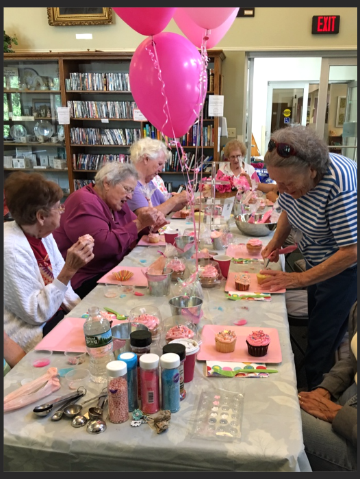 Cupcake Decorating Ideas For Seniors : Countryside Cupcakes - PARTIES FOR SENIORS